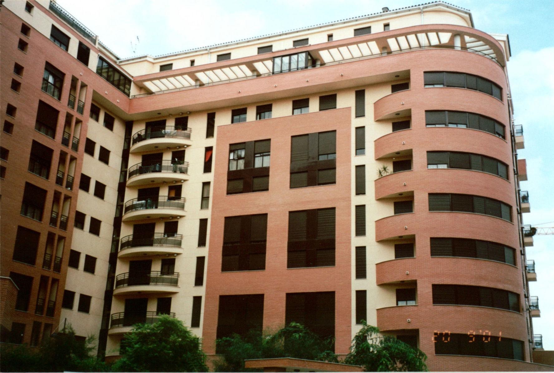 Construcción de Edificio Viviendas Alina- Cristina Fortanet - Arquitecto